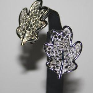 Vintage silver leaf Sarah Cov earrings